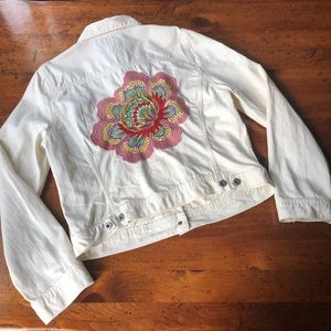 Jackets & Blazers - Lucky Brand Flower Embroidered Denim Jacket XL